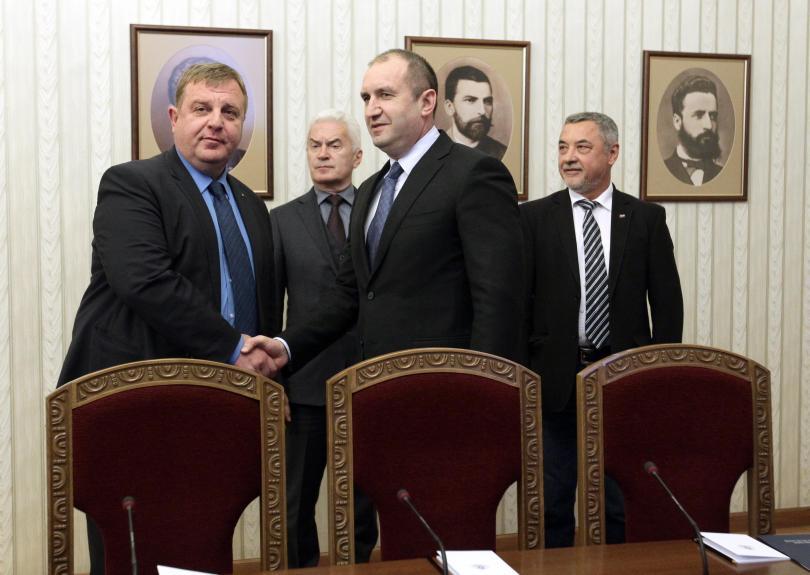 снимка 1 Президентът започна консултации с Обединени патриоти