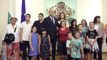 Ден на отворените врати на Дондуков 2 (СНИМКИ / ВИДЕО)