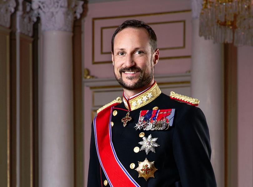 норвежкият принц хаакон давал незаконно апартаменти наем