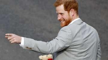 Принц Хари: Лошото момче на Британската корона