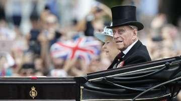 Съпругът на кралица Елизабет II принц Филип е изписан от болница