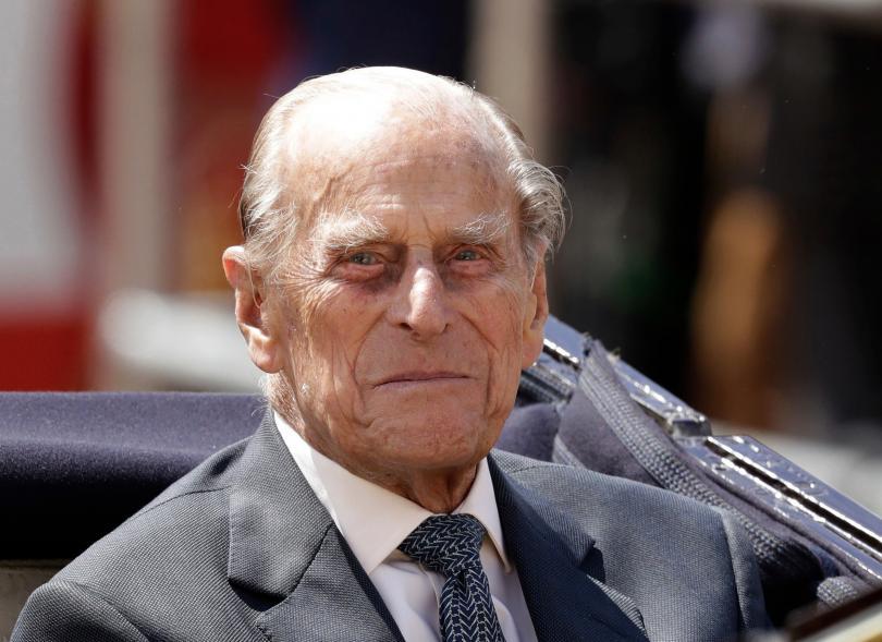 Деветдесет и шест годишният принц Филип, съпруг на кралица Елизабет