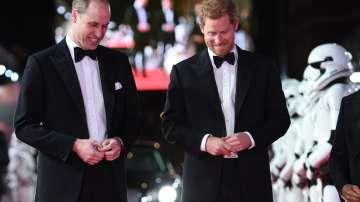Британските принцове Уилям и Хари на премиерата на Междузвездни войни в Лондон