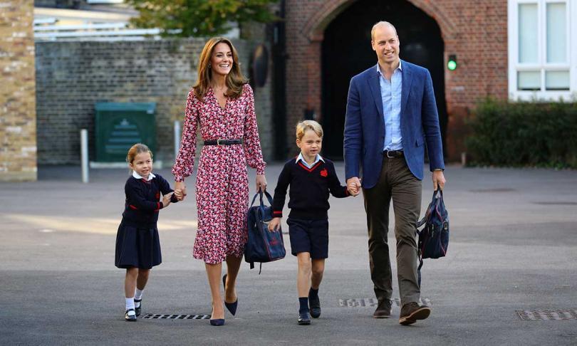 принцеса шарлот тръгна училище