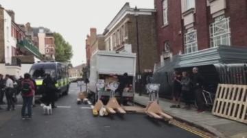 Арестуваха природозащитници в Лондон