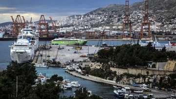 Гърция обявява 10 пристанища на търг