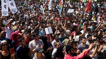 Хиляди прокюрдски активисти протестираха в Истанбул