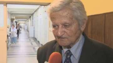 Един от най-изтъкнатите онколози у нас проф.Иван Черноземски празнува...