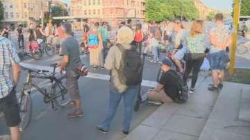 Протестиращи срещу застрояването на Черноморието блокираха Орлов мост