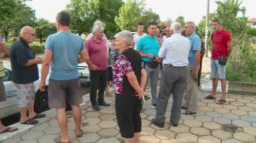 Протест в село Войсил заради кризата с чумата по свинете