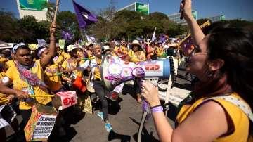 Жени протестираха срещу бразилския президент
