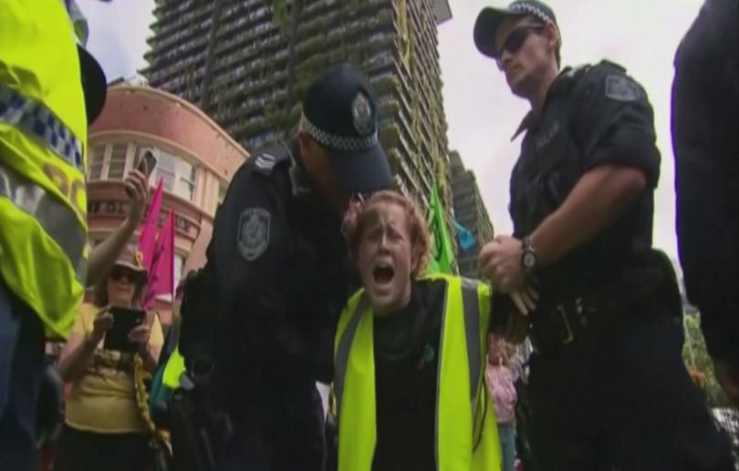 276 души задържани протестите климата лондон