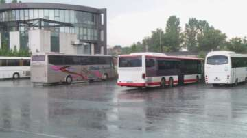 1800 автобуса в цялата страна спряха да превозват пътници за час и половина