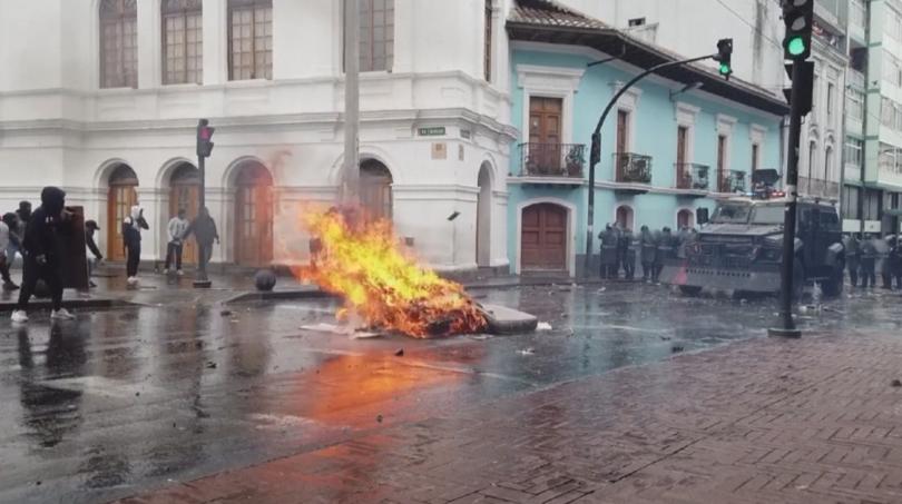Извънредно положение в Еквадор. Страната е парализирана от стачки и