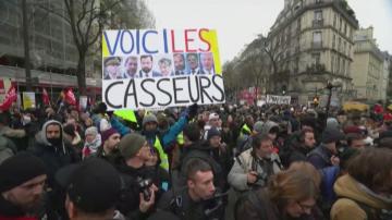 Франция е в режим стачка