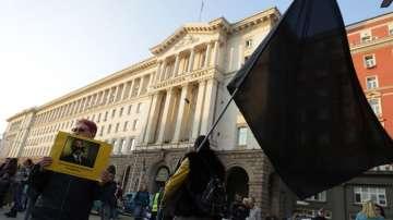 Майките на деца с увреждания продължават да настояват за оставката на Симеонов