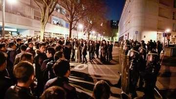 Френската полиция арестува 35 души по време на протест в Париж