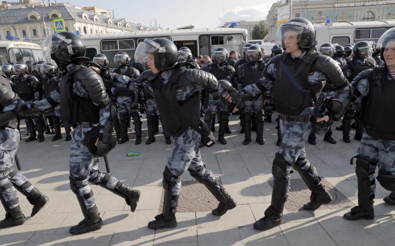 Демонстрантите искат опозиционните кандидати да могат да участват в предстоящите