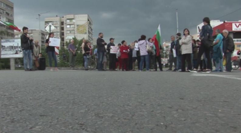 силистренци протестираха преминаването тежкотоварни камиони града