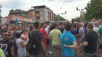 Стотици служители излязоха на протест в Слънчев бряг срещу акция шум