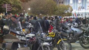 Протести и блокиране на движение в няколко града в страната