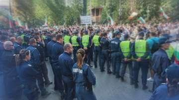 Полицаите излизат на протест навръх професионалния си празник
