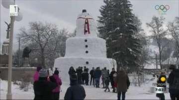 Огромен снежен човек направиха в Румъния
