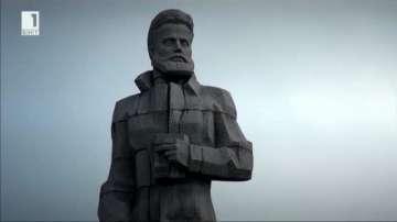Стотици се включиха във всенародното поклонение на връх Околчица
