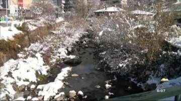 Спешно почистват реката в Карлово