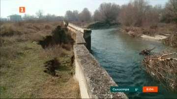 """""""Басейнова дирекция"""" дава предписания за обезопасяване на дигата на река Чая"""