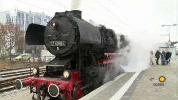 Пътуване с парен влак с Дядо Коледа