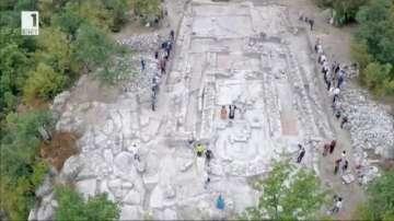 Осветиха храм, открит в Перперикон