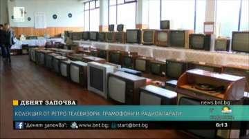 Колекционер събира ретро телевизори, грамофони и радиоапарати