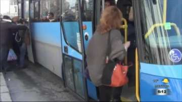 Нови автобуси вече се движат по линиите на градския транспорт в Сливен