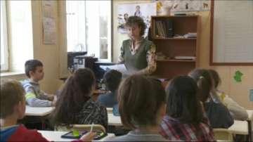 Четвъртокласниците се явиха на малките матури по български език и литература