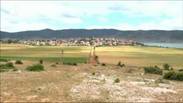 Ще признае ли албанският парламент българското малцинство?