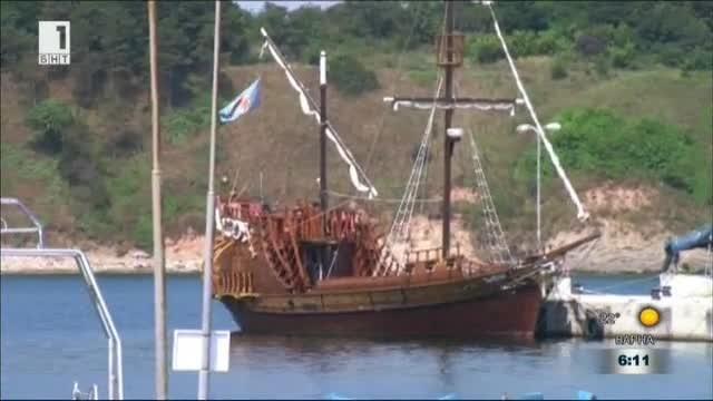 Изненадваща проверка по Черноморието на Морска администрация- Бургас. Проверяващите следяха