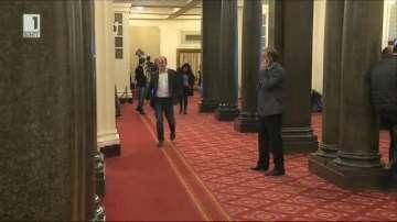 Лютви Местан и Радан Кънев отрекоха да са обсъждали обединение