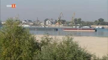 Река Дунав достигна критично ниски нива, на места корабоплаването е спряло