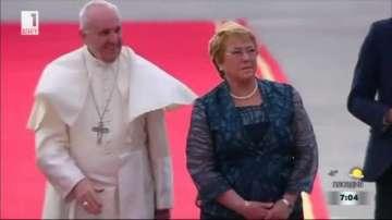 Папа Франциск поиска прошка за всички случаи на сексуални посегателства над деца