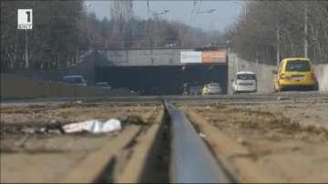Тунелът преди квартал Люлин: Ускорителя на прахови частици