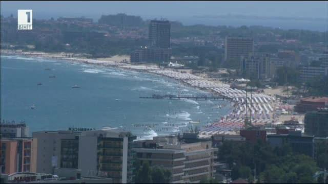 Нарушения са открити при 32 обекта на трите плажа на