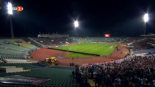 Снимка: Още задържани фенове след мача България-Англия