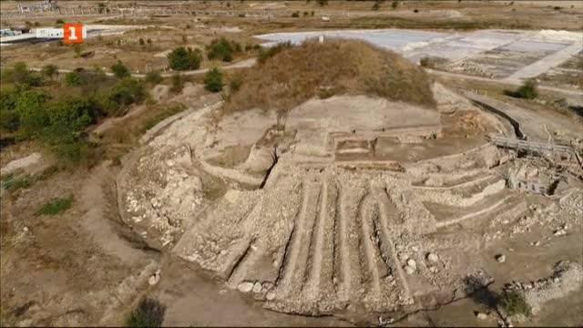Силно земетресение преди 7000 години е разрушило най-старата крепостна стена