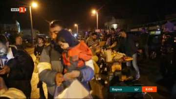 Десетки мигранти са пристигнали на границата с Хърватия