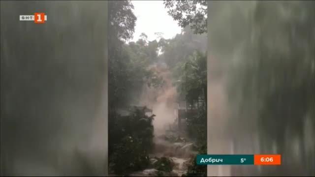 Ураганът Уила в Тихия океан отслабна леко от пета на