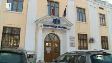 Съдът решава дали да остави в ареста задържаните митничари от Варна