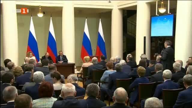 Новоизбраният президент на Украйна Володимир Зеленски призова днес Запада да