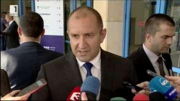Президентът Радев очаква наказания за виновните за катастрофата край Своге