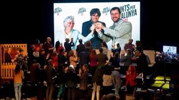 ЕП отне временните акредитации на испанските евродепутати
